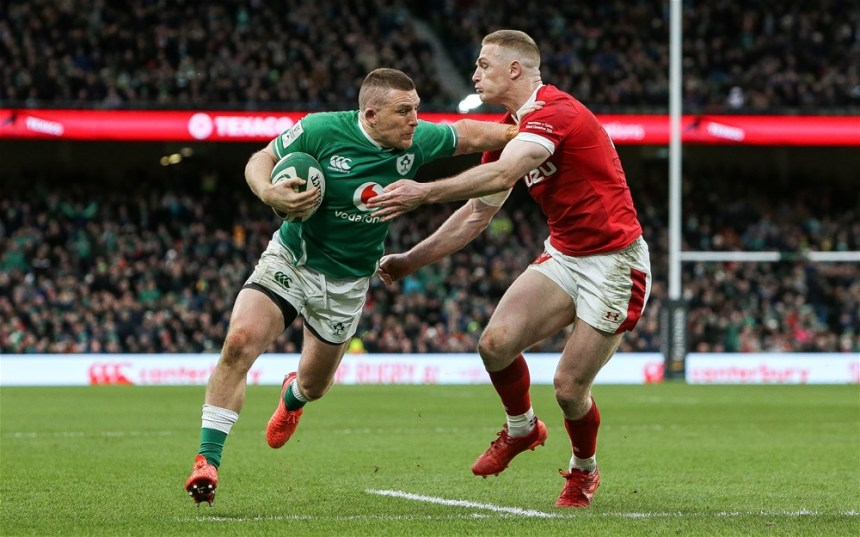 Andrew Conway with Johnny McNicholl on his way to scoring a try 8/2/2020